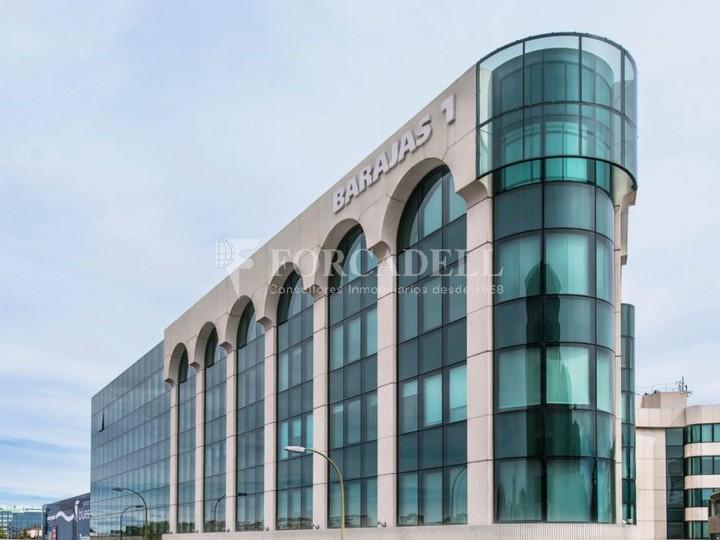 Oficina de lloguer àmplia i lluminosa propera al Camp de les Nacions. Madrid. #2