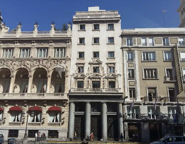 Edifici d'oficines reformat en lloguer amb terrasses. C.Alcalá. Madrid Centro. #1