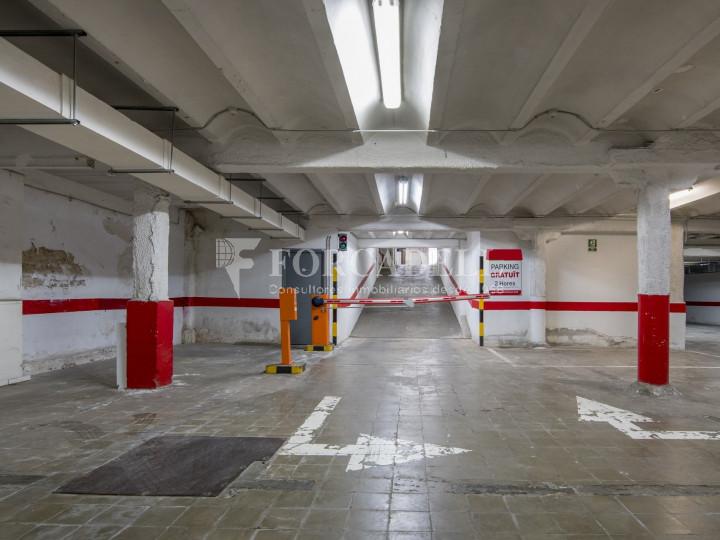 Local comercial a disponible a districte 1 de Sabadell, al barri del Centre.  #12
