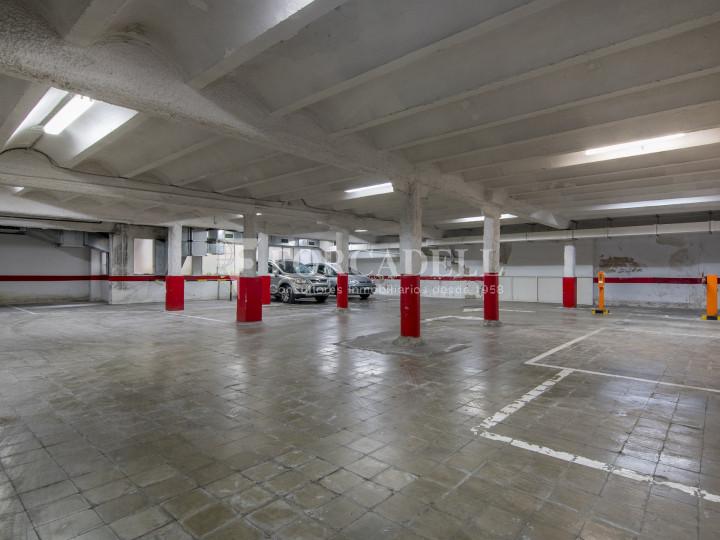 Local comercial a disponible a districte 1 de Sabadell, al barri del Centre.  #16