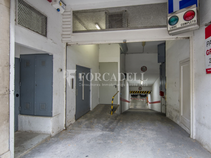 Local comercial a disponible a districte 1 de Sabadell, al barri del Centre.  #17