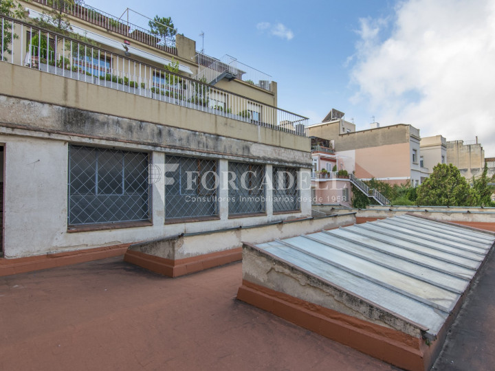 Local comercial a disponible a districte 1 de Sabadell, al barri del Centre.  #30