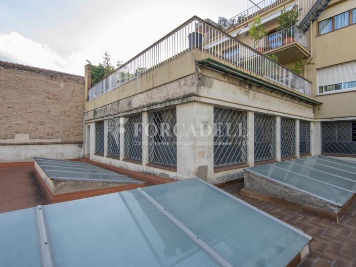 Local comercial a disponible a districte 1 de Sabadell, al barri del Centre.  #33