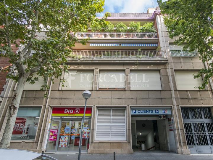 Local comercial a disponible a districte 1 de Sabadell, al barri del Centre.  #42