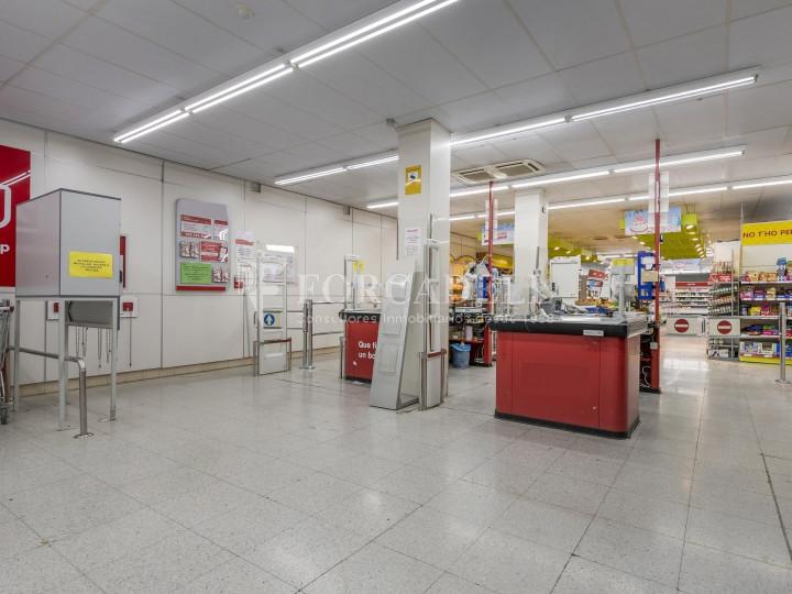Local comercial a disponible a districte 1 de Sabadell, al barri del Centre.  #44