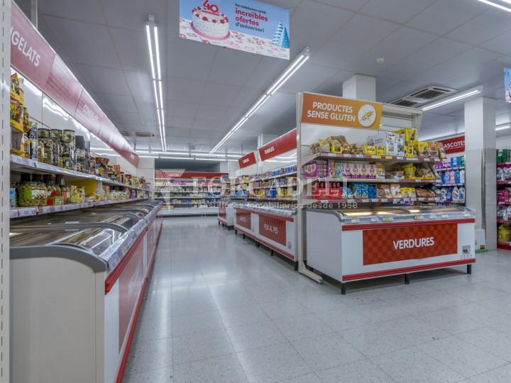 Local comercial a disponible a districte 1 de Sabadell, al barri del Centre.  #6