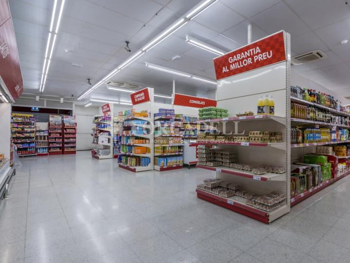Local comercial a disponible a districte 1 de Sabadell, al barri del Centre.  #50