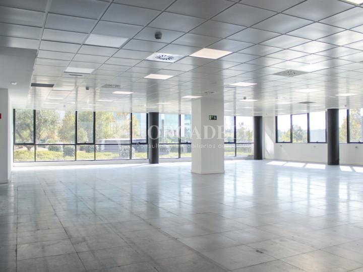 Oficina diàfana de lloguer a l'avinguda de Burgos, Madrid. 1