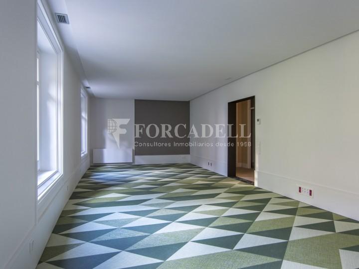 Excel·lent oficina rehabilitada en lloguer a l'Av. Diagonal. Barcelona. #14