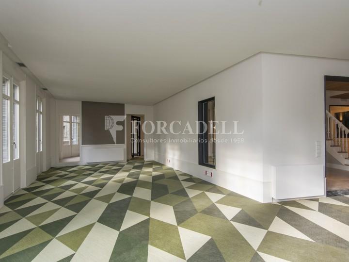 Excel·lent oficina rehabilitada en lloguer a l'Av. Diagonal. Barcelona. #24