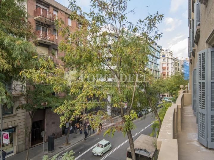 Excel·lent oficina rehabilitada en lloguer a l'Av. Diagonal. Barcelona. #26