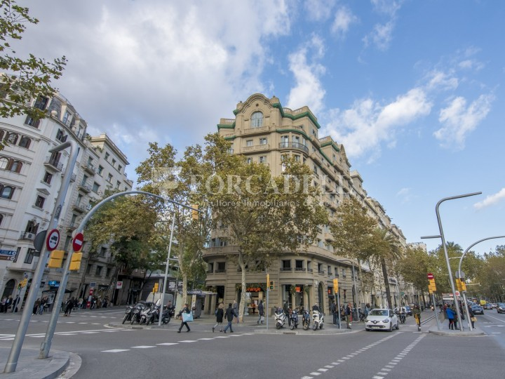 Excel·lent oficina rehabilitada en lloguer a l'Av. Diagonal. Barcelona. #39
