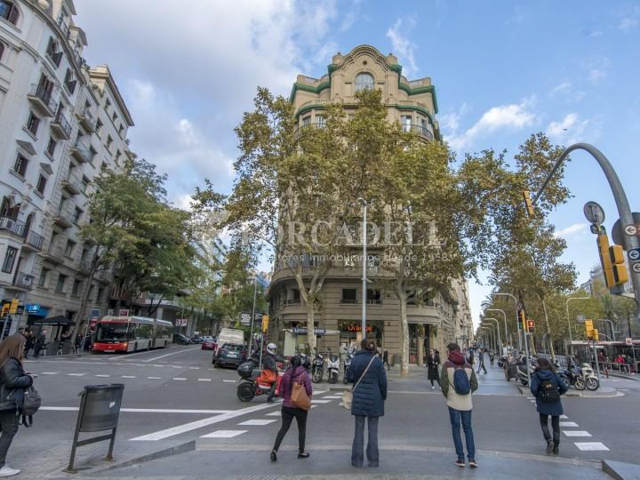 Excel·lent oficina rehabilitada en lloguer a l'Av. Diagonal. Barcelona. 1