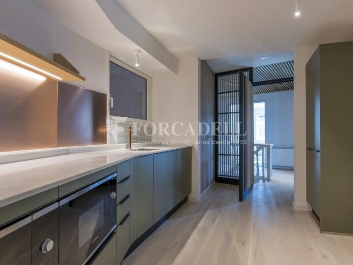 Excel·lent oficina rehabilitada en lloguer a l'Av. Diagonal. Barcelona. 5