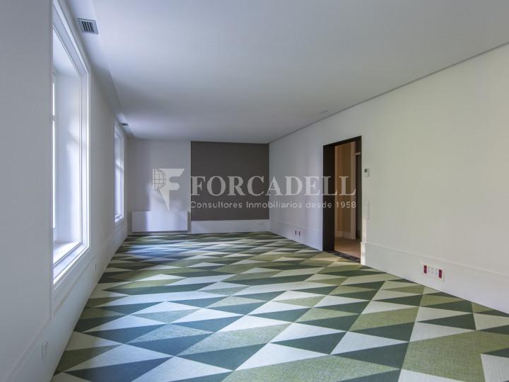 Excel·lent oficina rehabilitada en lloguer a l'Av. Diagonal. Barcelona. #15