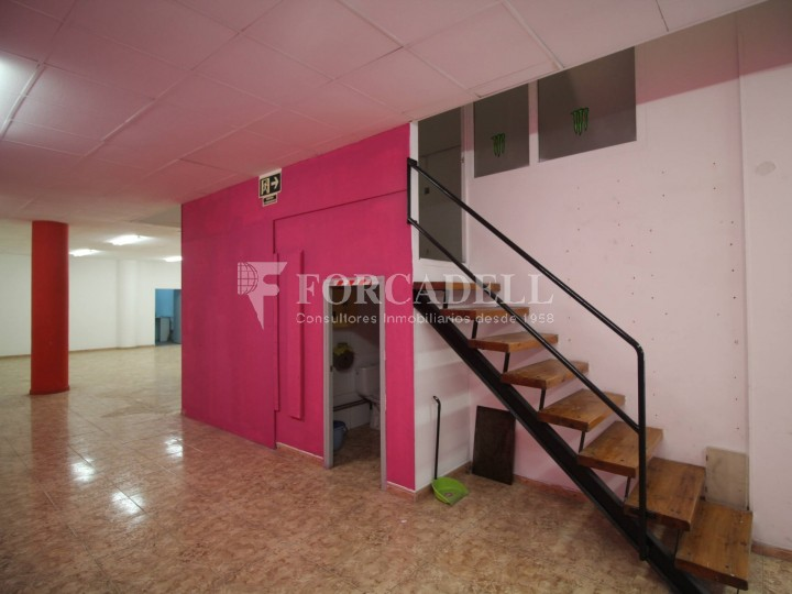 Commercial premises located in Josep Tapìoles street, 10 minutes walking from the Terrassa railway station. Barcelona. #9