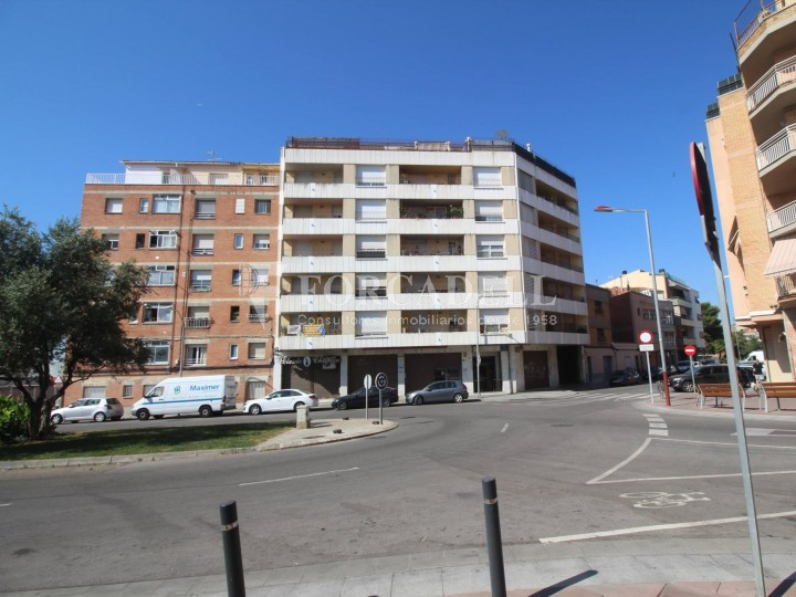 Commercial premises located in Josep Tapìoles street, 10 minutes walking from the Terrassa railway station. Barcelona. #16