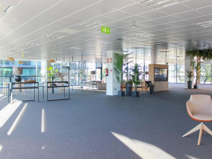 Oficina diàfana en parc empresarial Las Tablas, Madrid. 7