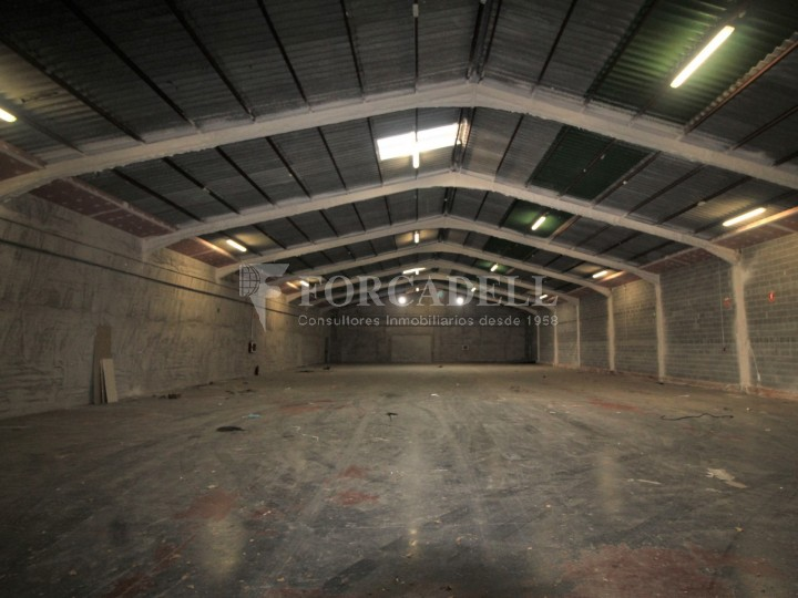 Nau logística en lloguer de 3.692 m² - Terrassa, Barcelona #12