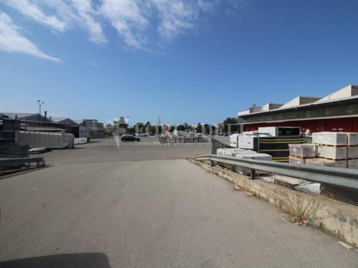 Nau logística en lloguer de 3.692 m² - Terrassa, Barcelona #18