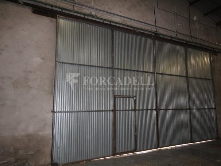 Nau logística en lloguer de 3.692 m² - Terrassa, Barcelona #4