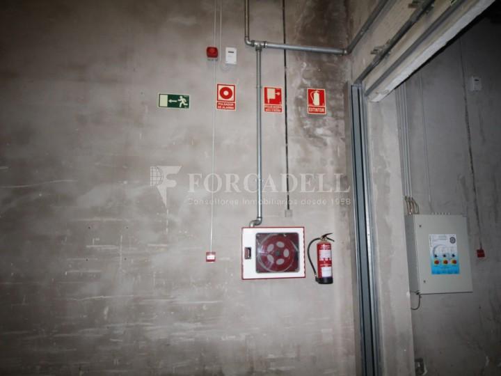 Nau logística en lloguer de 3.692 m² - Terrassa, Barcelona #6