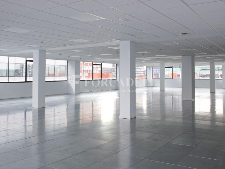 Oficina lluminosa de lloguer a Avinguda Manoteras. Madrid. 1