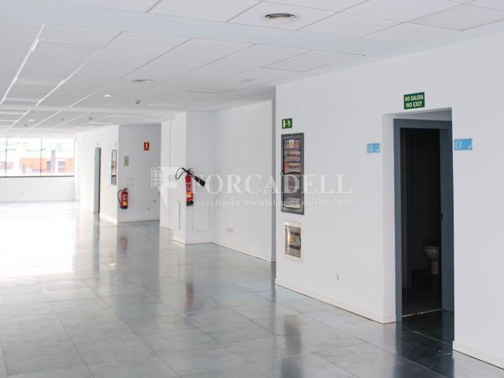 Oficina lluminosa de lloguer a Avinguda Manoteras. Madrid. 6