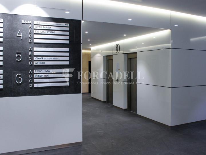 Oficina lluminosa de lloguer a Avinguda Manoteras, Madrid. 7