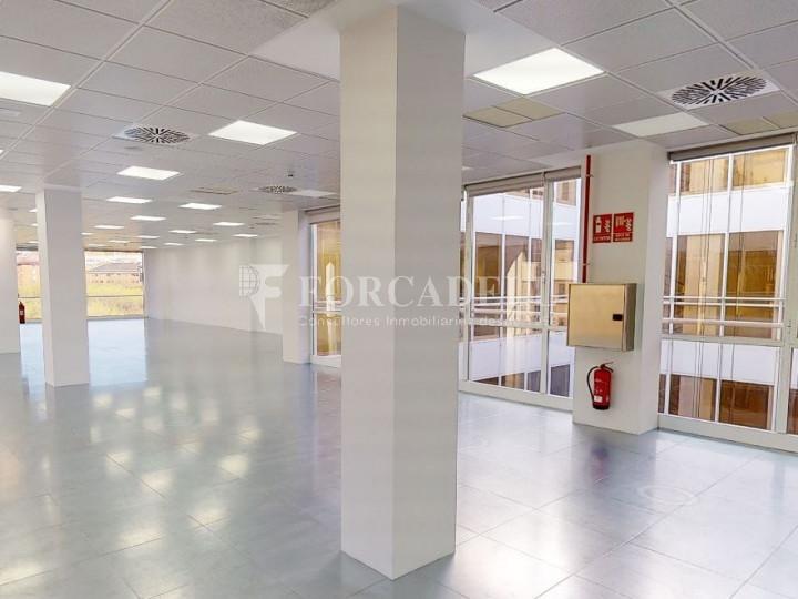Oficina diáfana y luminosa en alquiler en calle Arturo Soria, Madrid. 2