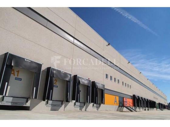 Plataforma logística en alquiler de 18.754  m²  - Pla de Santa Maria, Tarragona. 1