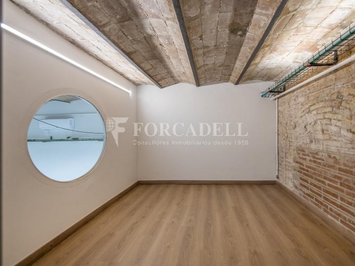 Oficina reformada de lloguer a la Gran Via de les Corts Catalanes, Barcelona 20