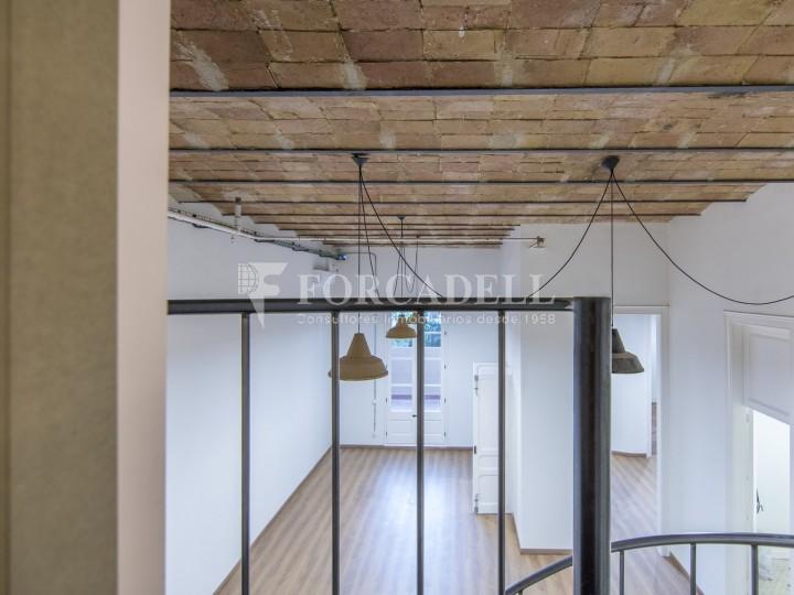 Oficina reformada de lloguer a la Gran Via de les Corts Catalanes, Barcelona 21