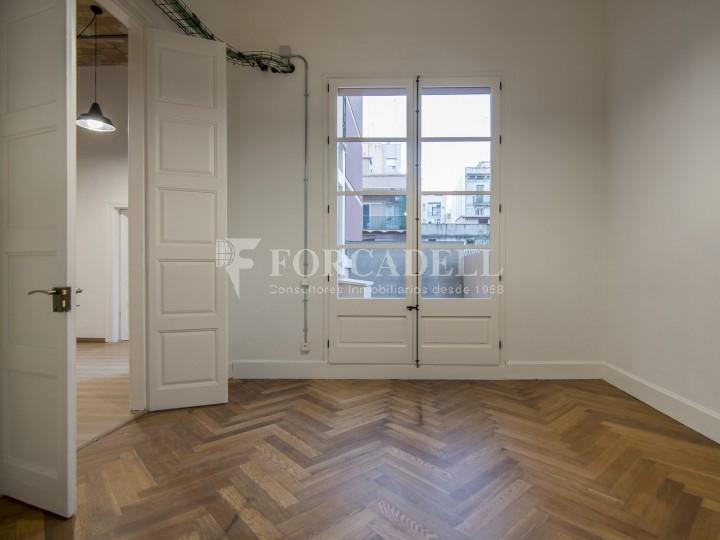Oficina reformada de lloguer a la Gran Via de les Corts Catalanes, Barcelona 34
