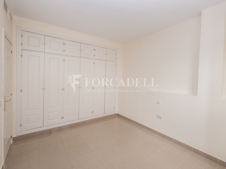Vivienda en alquiler de tres habitaciones en Sevilla. 12