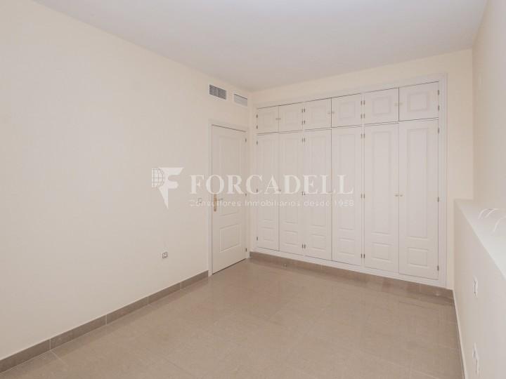 Vivienda en alquiler de tres habitaciones en Sevilla. 13