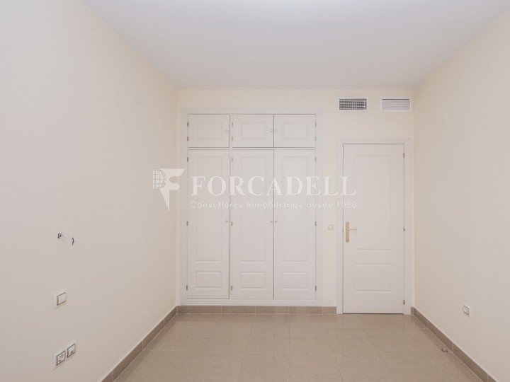 Vivienda en alquiler de tres habitaciones en Sevilla. 15
