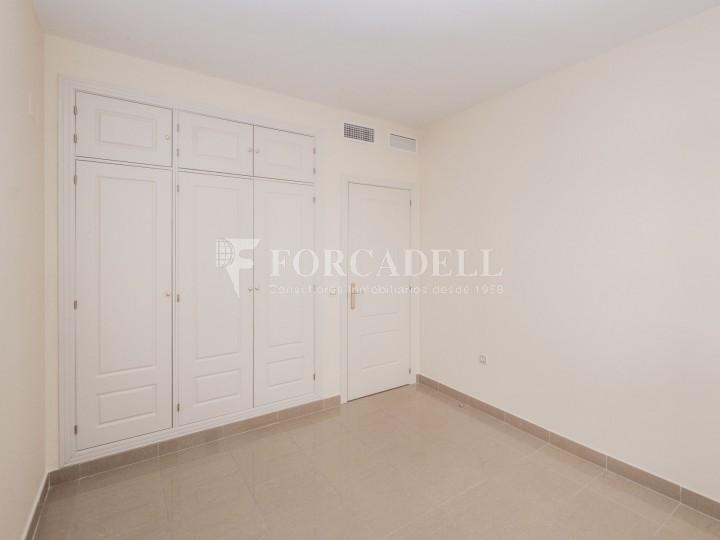 Vivienda en alquiler de tres habitaciones en Sevilla. 16