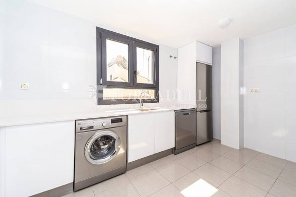 Vivienda en alquiler de tres habitaciones en Sevilla. 21
