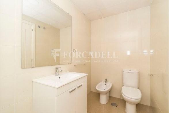 Habitatge en lloguer de tres habitacions a Sevilla. 24