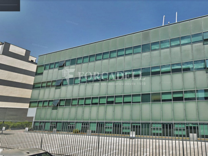 Edifici corporatiu d'oficines en lloguer al carrer García Martín. Pozuelo de Alarcón. #2