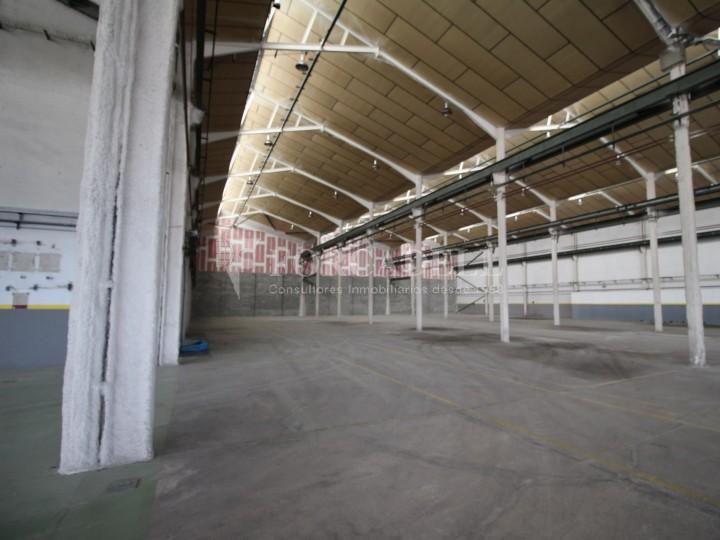 Nau industrial en lloguer de 3.475 m² Sabadell, Barcelona #11