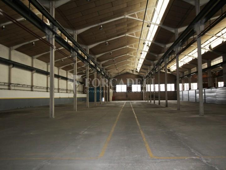Nau industrial en lloguer de 3.475 m² Sabadell, Barcelona #3