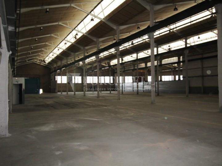 Nau industrial en lloguer de 3.475 m² Sabadell, Barcelona #35