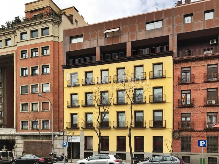 Edifici corporatiu en lloguer al carrer Santa Engracia. Madrid. #1