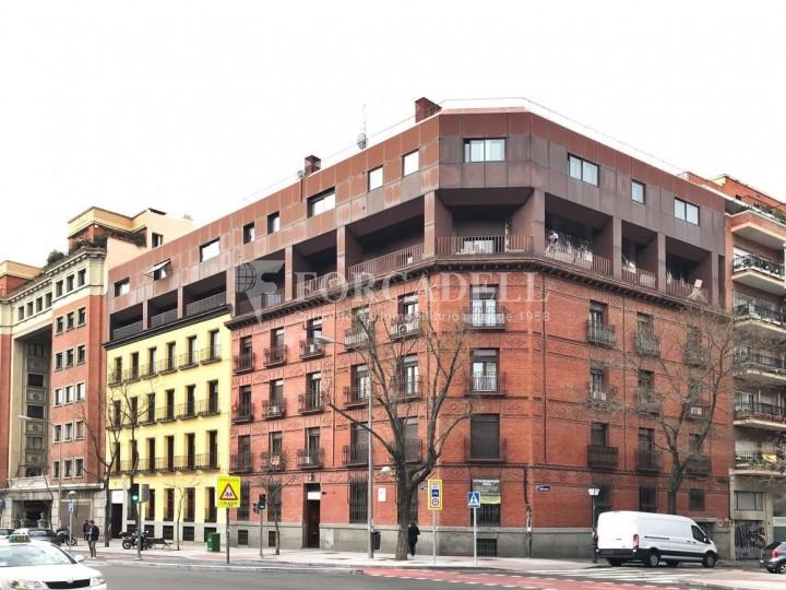 Edifici corporatiu en lloguer al carrer Santa Engracia. Madrid. #2