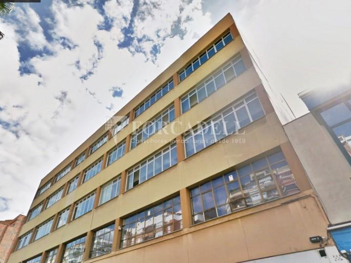 Oficina lluminosa al Pol Ctra del Mig. Hospitalet de Llobregat. 1