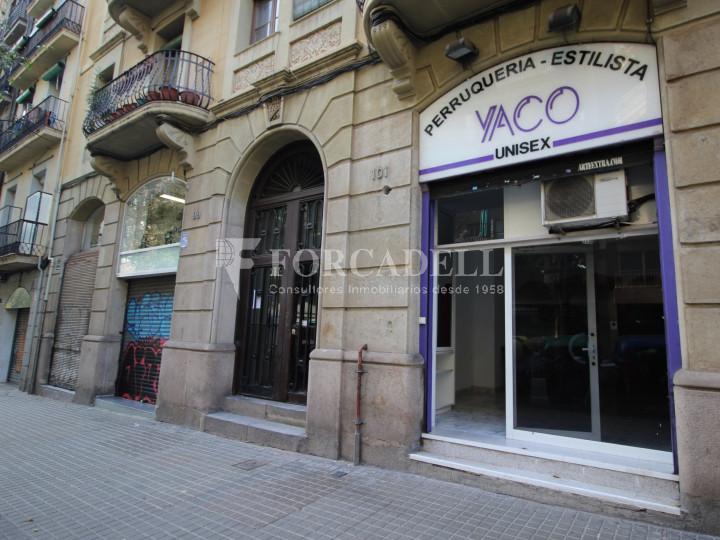 Local de lloguer al districte de l'Eixample, al barri de l'Eixample dreta. Barcelona. #1