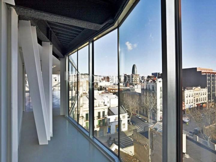 Oficina exterior i lluminosa en lloguer al districte de 22@. Barcelona. #2