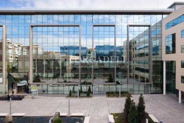 Excel·lent oficina en lloguer al Parc Empresarial Manoteras. Madrid. 5